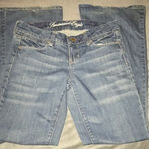 American Eagle Real Flare Blue Jeans Size 4 Short